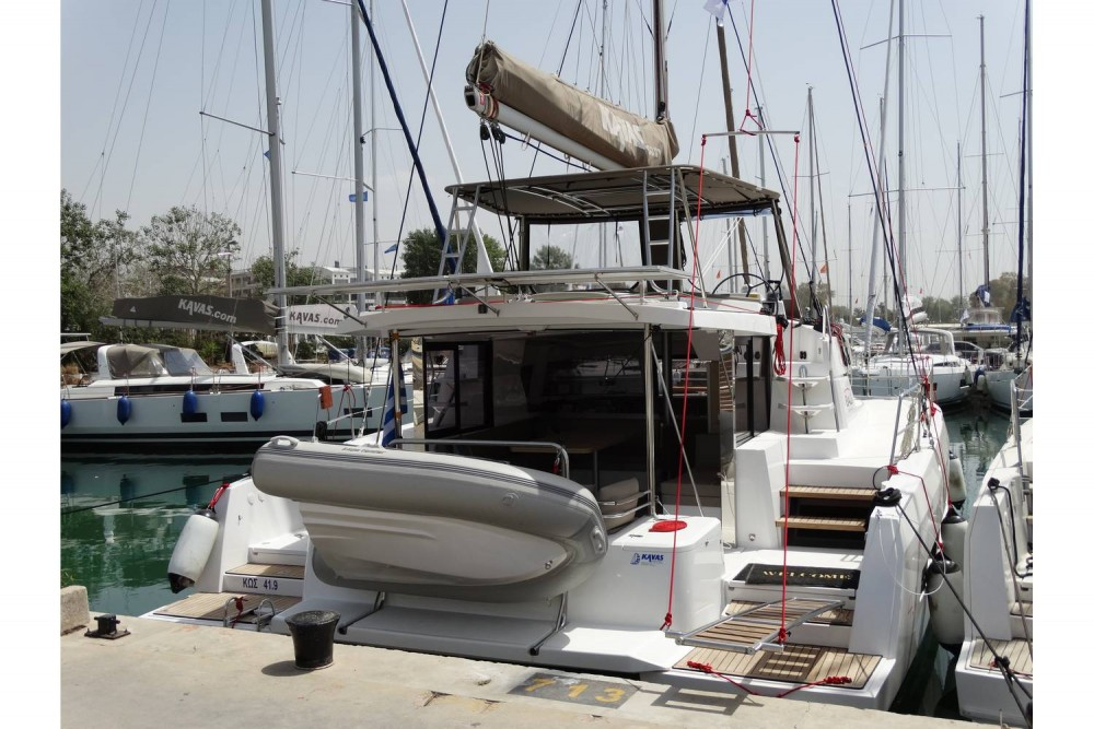 Catana Bali 4.1 - 4 + 2 cab. between personal and professional Lefkada