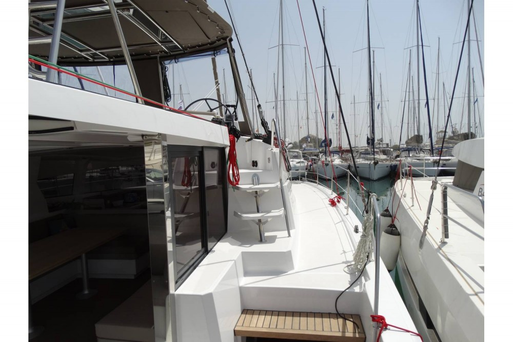 Catana Bali 4.1 - 4 + 2 cab. between personal and professional Peloponnese