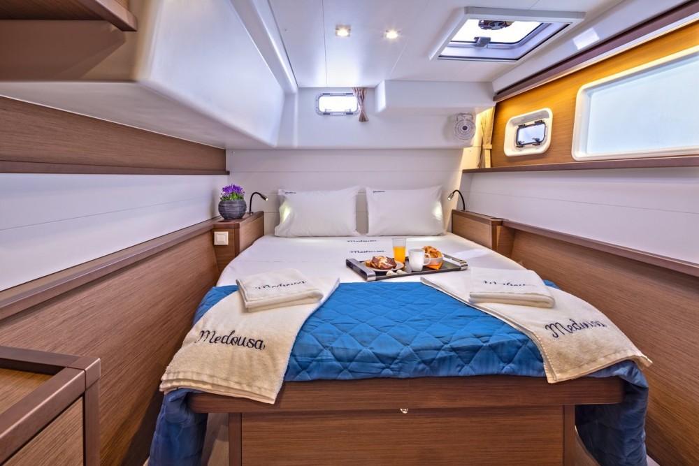 Rental Catamaran in Ionian Islands - Lagoon Lagoon 450 F - 4 + 2 cab.