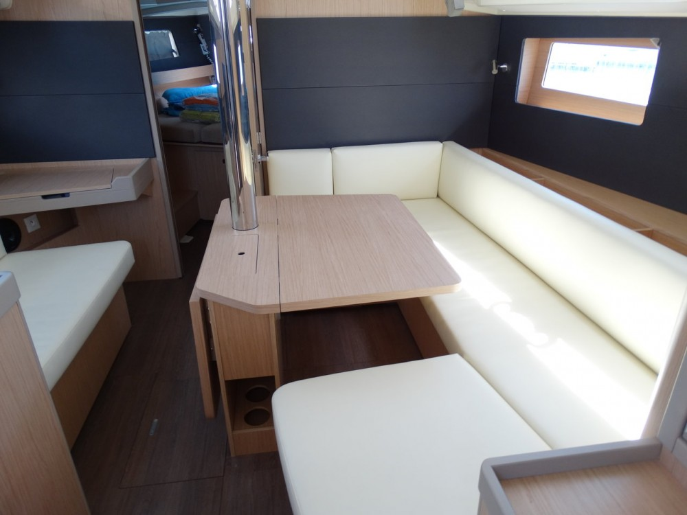 Bénéteau Oceanis 41.1 between personal and professional Lefkada