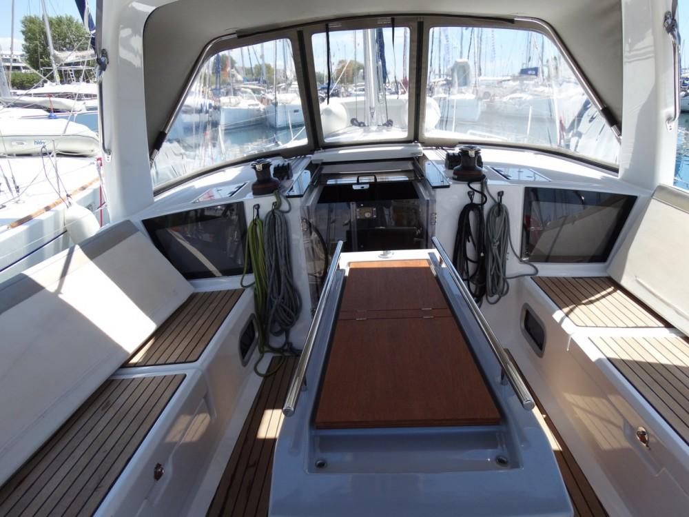 Boat rental Peloponnese cheap Oceanis 41.1