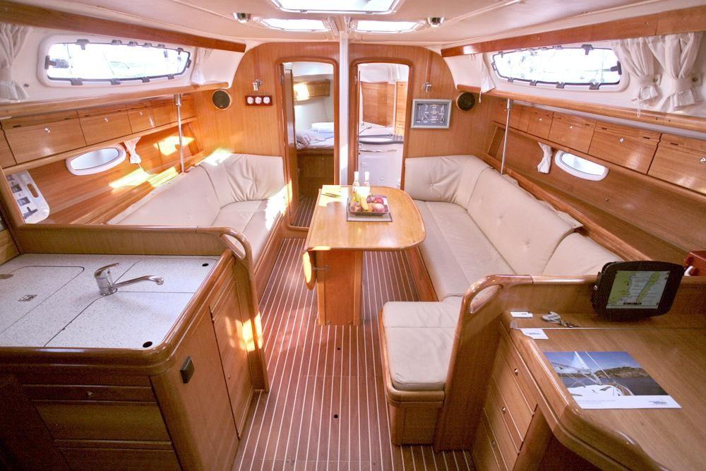 Rental yacht Peloponnese - Bavaria Cruiser 38 on SamBoat