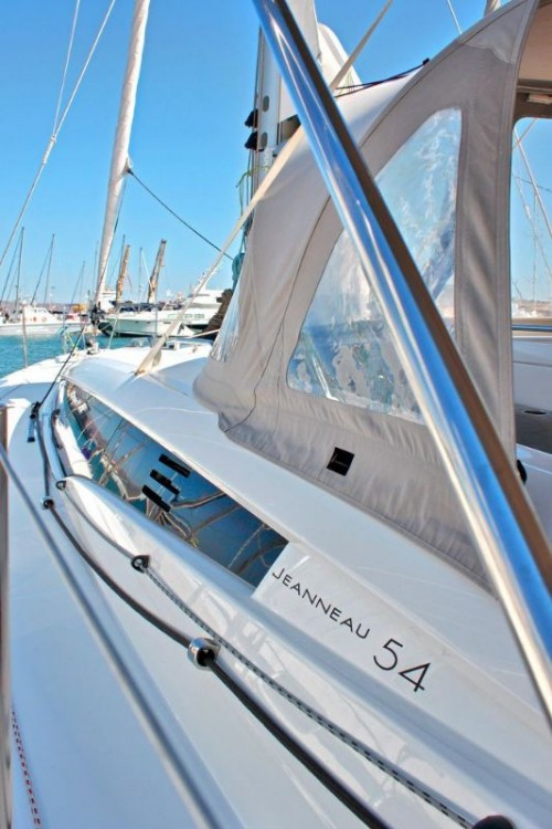 Jeanneau Jeanneau 54 between personal and professional Peloponnese