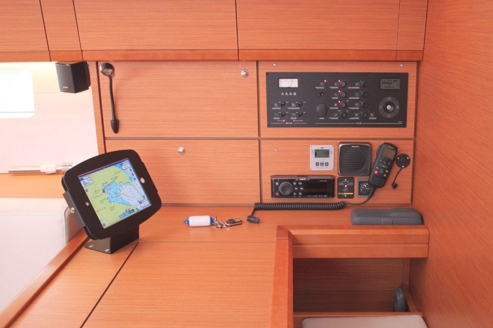 Boat rental Peloponnese cheap Jeanneau 54