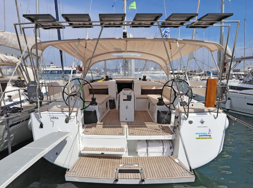 Boat rental Jeanneau Sun Odyssey 490 - 5 cab. in  on Samboat
