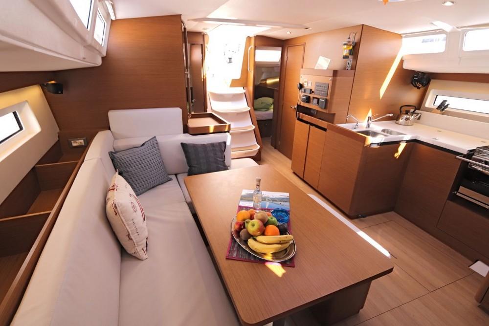 Rental yacht Peloponneso - Jeanneau Sun Odyssey 490 - 5 cab. on SamBoat