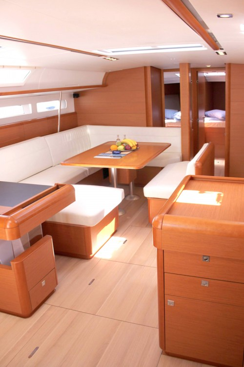 Boat rental Peloponnese cheap Sun Odyssey 509