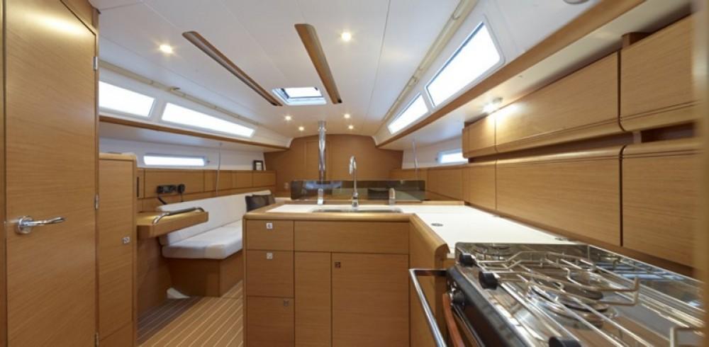 Rental Sailboat in Peloponnese - Jeanneau Sun Odyssey 379