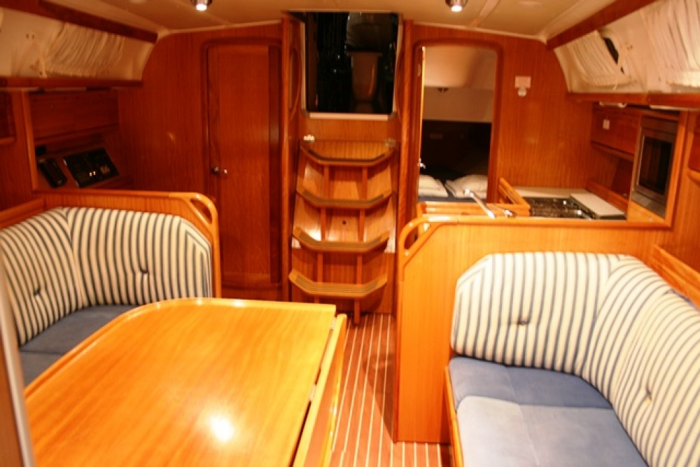 Hire Sailboat with or without skipper Bavaria Seget Donji