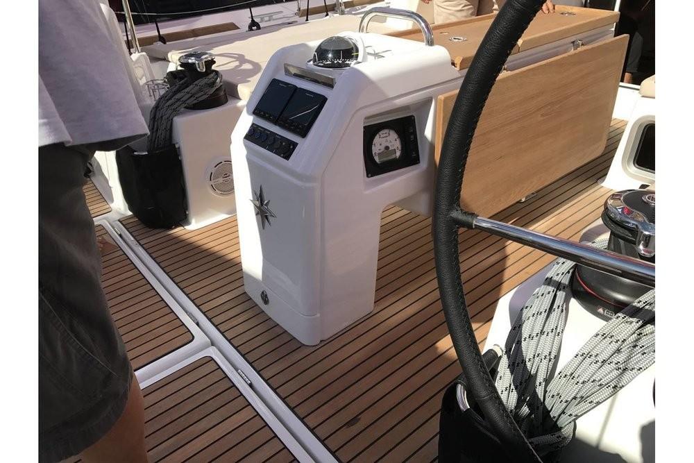 Rent a Jeanneau Sun Odyssey 440 Peloponnese