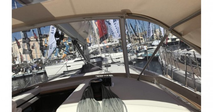 Jeanneau Sun Odyssey 440 between personal and professional Péloponnèse
