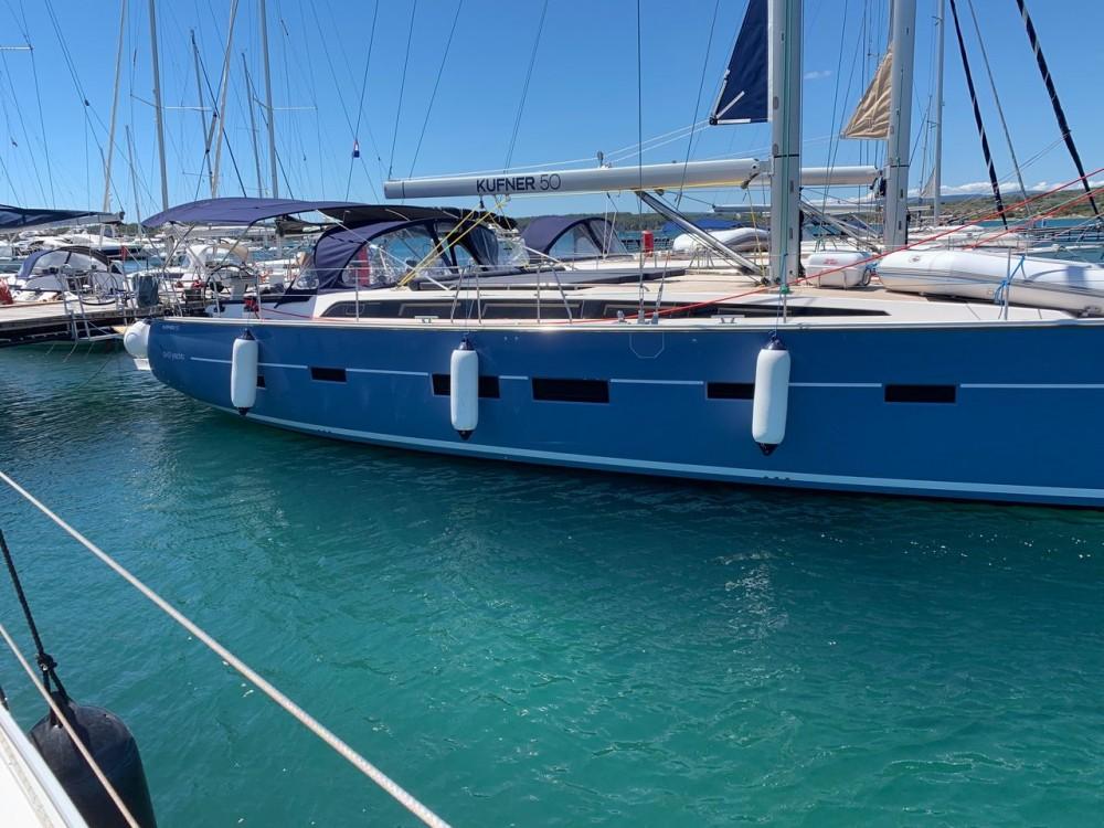 Rent a Dd Yacht D&D Kufner 50