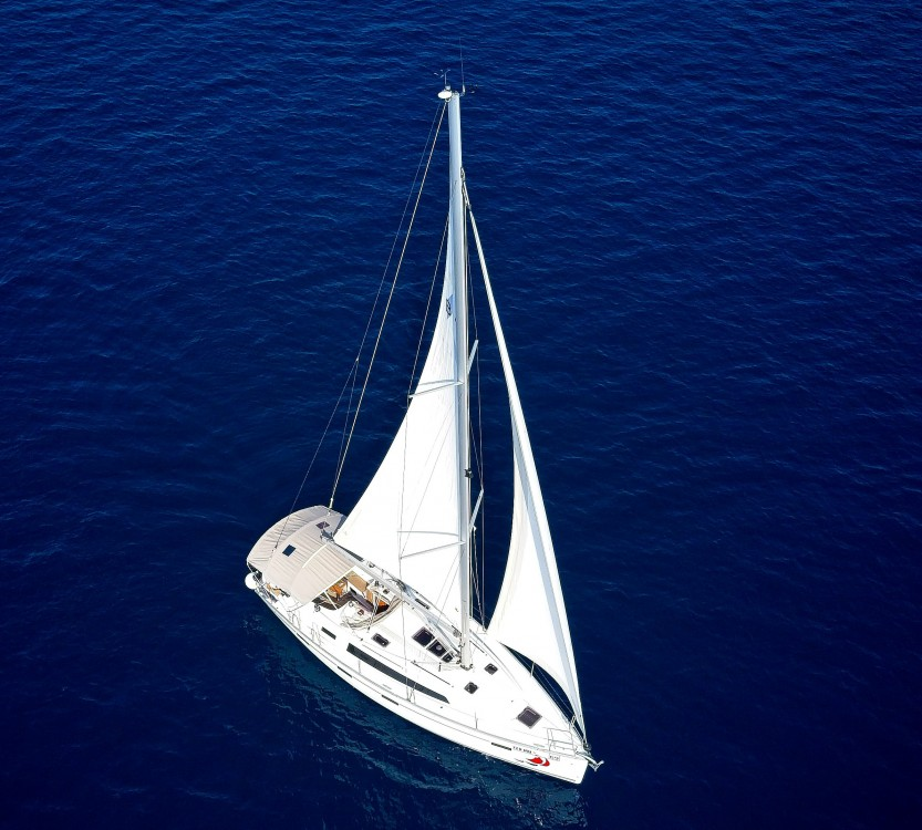 Rental yacht Murter - Bavaria Cruiser 41 on SamBoat