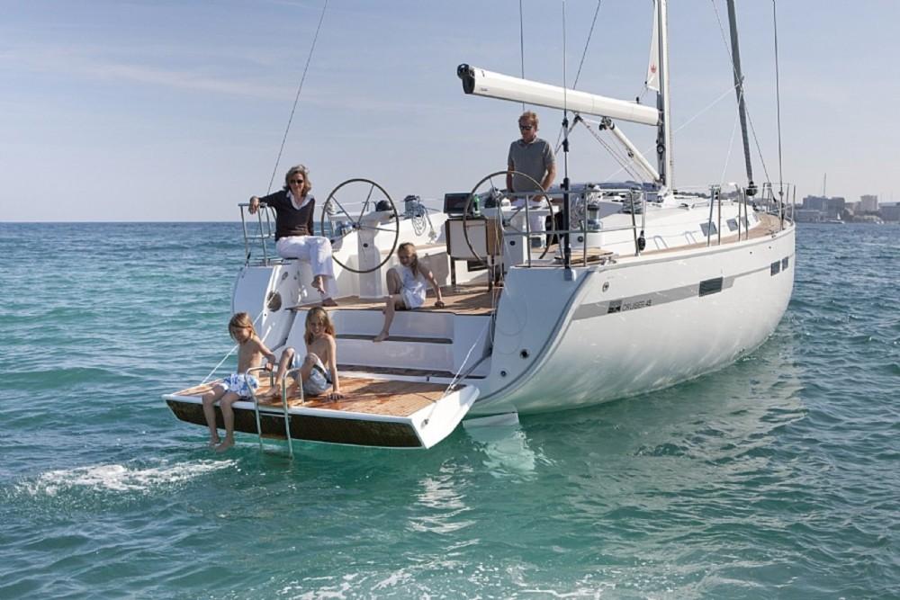Rent a Bavaria Cruiser 45 Murter