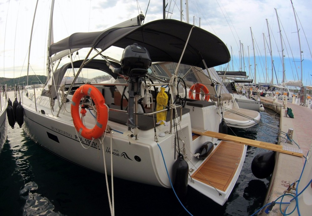 Hire Sailboat with or without skipper Hanse Rogoznica