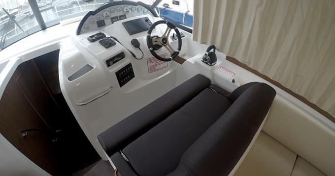 Rental Motorboat in  - Bénéteau Antares 36