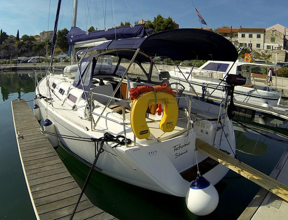 Rental Sailboat in Šibenik - Dufour Dufour 365 Grand Large