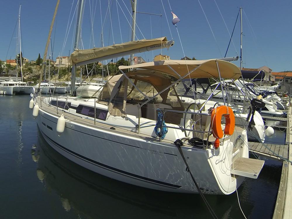 Boat rental Dufour Dufour 375 Grand Large in Šibenik on Samboat