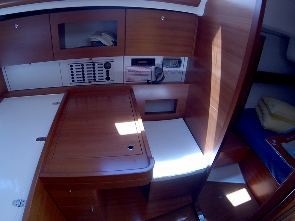 Rental yacht Šibenik - Dufour Dufour 375 Grand Large on SamBoat