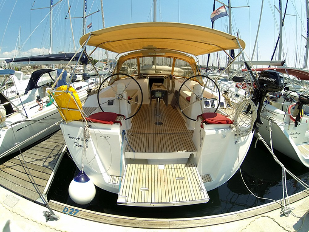 Boat rental Dufour Dufour 445 Grand Large in Šibenik on Samboat