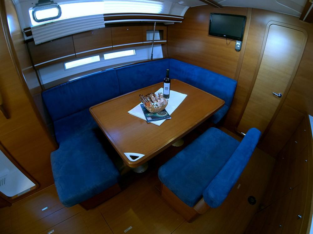 Rental Sailboat in Šibenik - Dufour Dufour 445 Grand Large