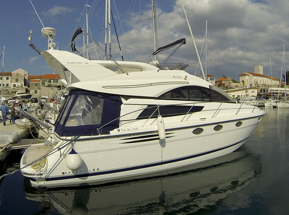 Boat rental Šibenik cheap Fairline Phantom 40