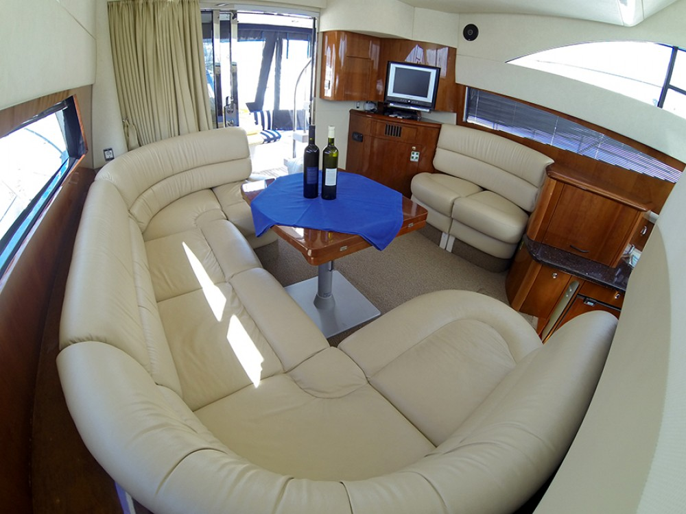 Rental Motorboat in Šibenik - Fairline-Boats Fairline Phantom 40