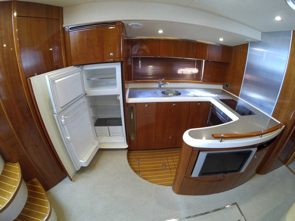 Hire Motorboat with or without skipper Fairline-Boats Šibenik