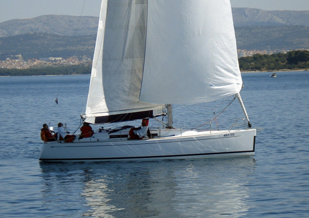 Cantiere Del Pardo Grand Soleil 37 R between personal and professional Šibenik