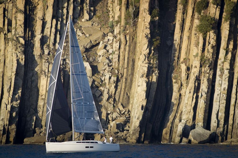 Rental Sailboat in Šibenik - Cantiere Del Pardo Grand Soleil 39