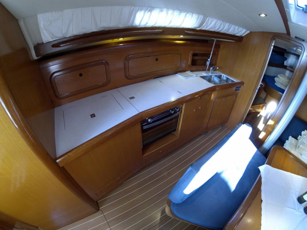 Rental yacht Šibenik - Cantiere Del Pardo Grand Soleil 43 on SamBoat