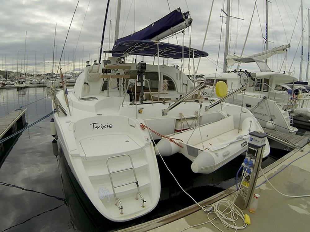 Rent a Lagoon Lagoon 380 S2 Šibenik