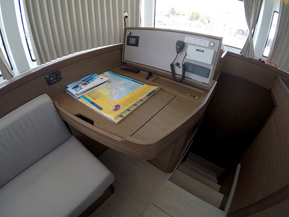 Rental Catamaran in Šibenik - Lagoon Lagoon 42