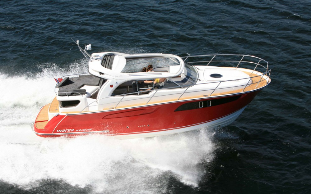 Hire Motor boat with or without skipper Marex