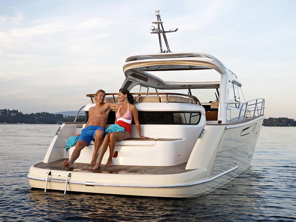 Boat rental Marex Marex 370 ACC in  on Samboat