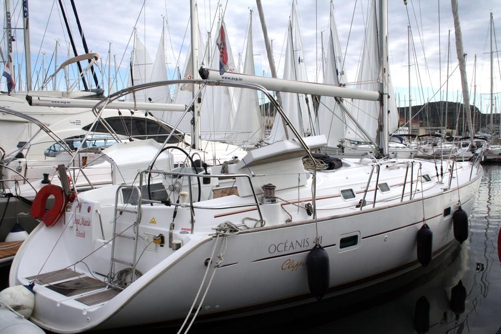 Rental Sailboat in Šibenik - Bénéteau Oceanis