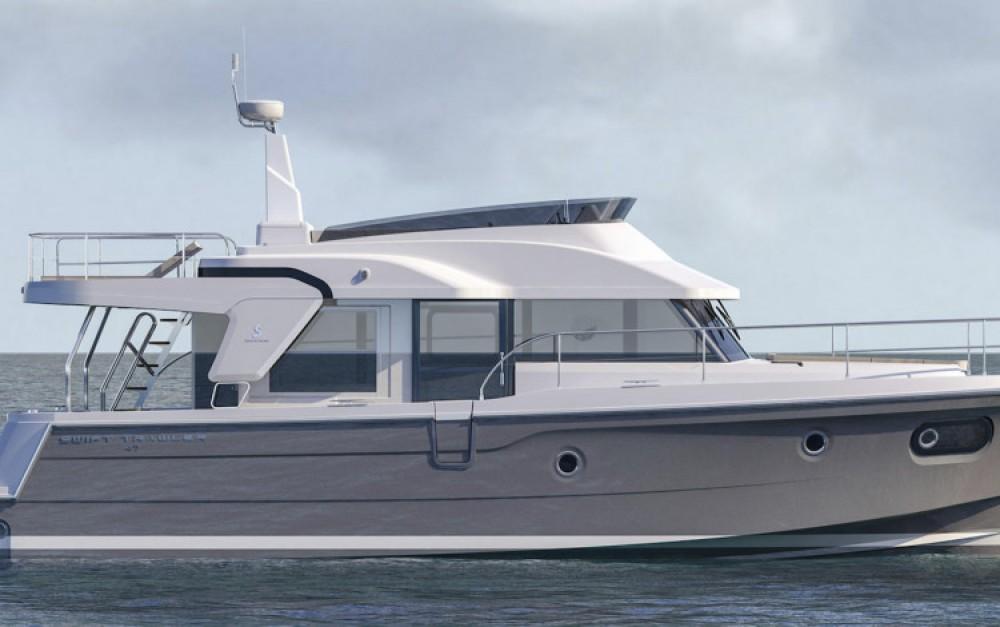 Rental Motor boat in Šibenik - Bénéteau Swift Trawler 47
