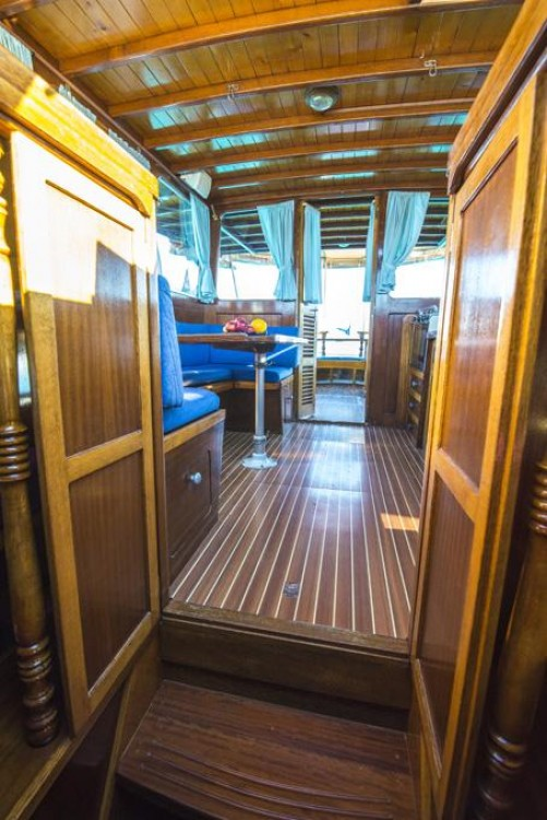 Boat rental Zadar cheap Yacht TIHO