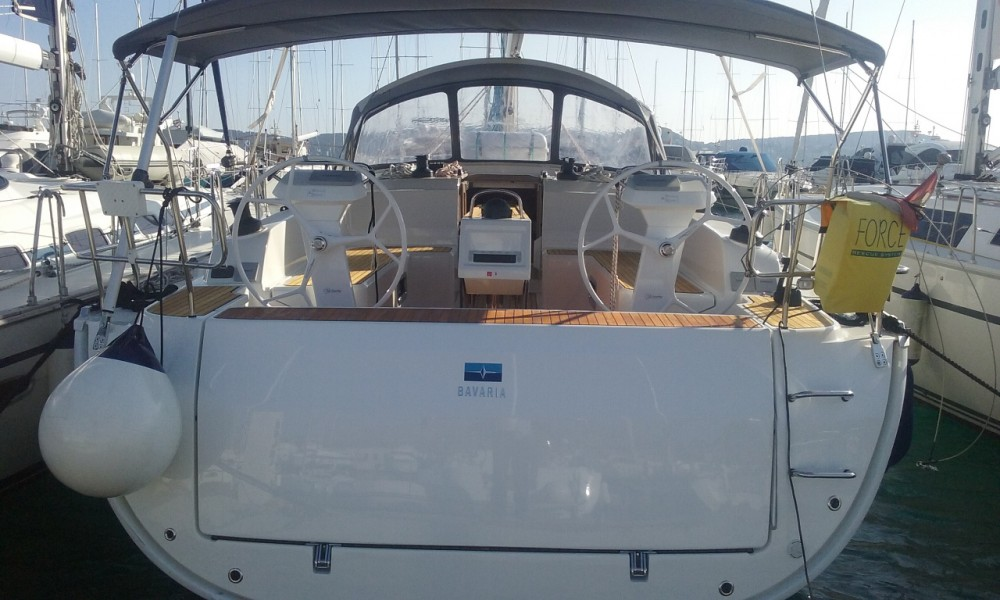 Boat rental Bavaria Cruiser 46 in Primošten on Samboat