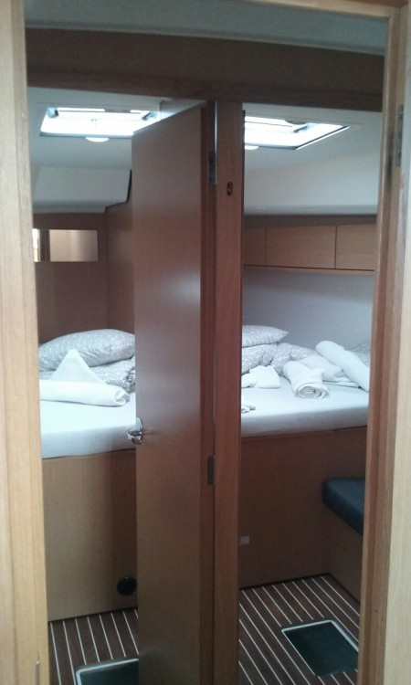 Boat rental Primošten cheap Cruiser 46