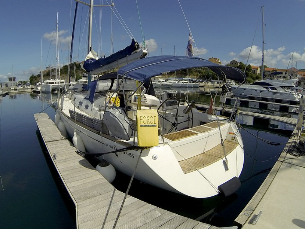 Boat rental Croatia cheap Salona 45