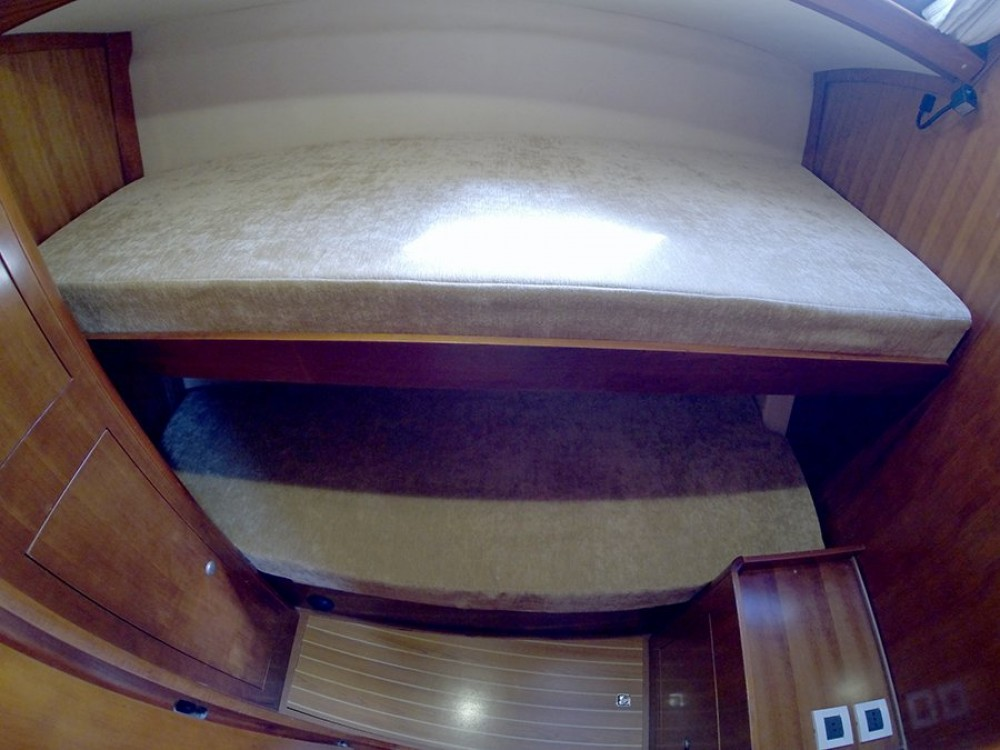 Boat rental Salona Salona 45 in Croatia on Samboat