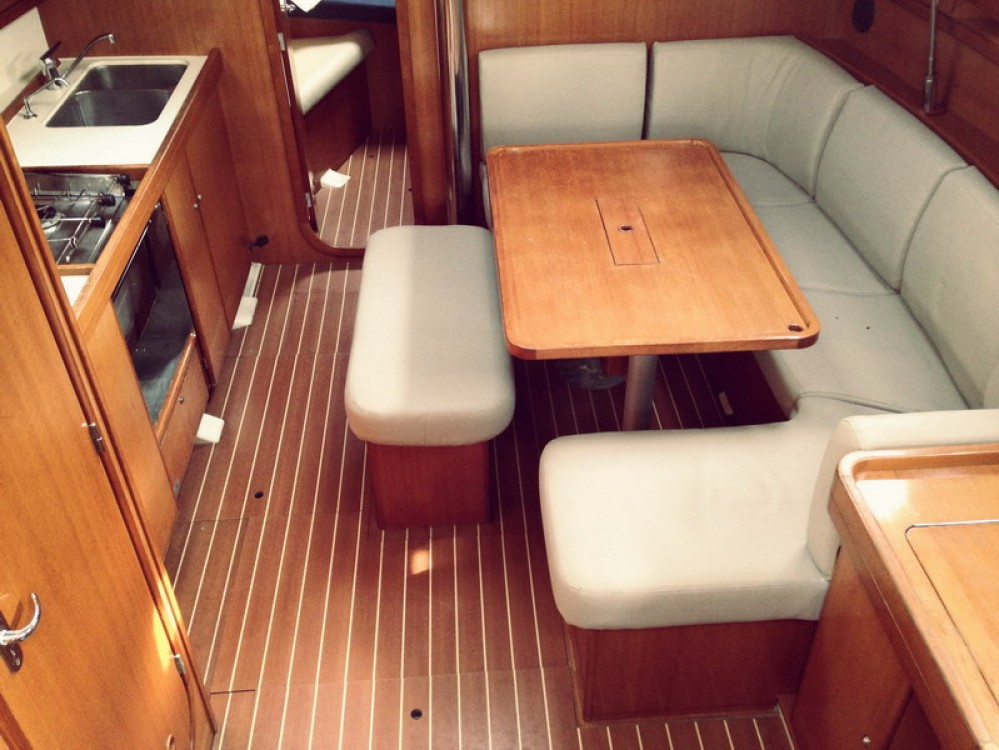 Rental yacht Peloponnese - Dufour Dufour 385 Grand Large on SamBoat