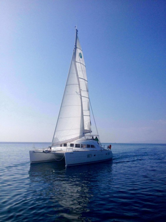 Catamaran for rent Peloponnese at the best price