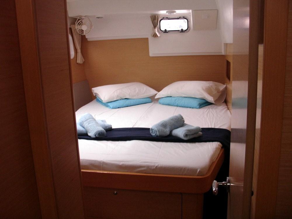 Rental Catamaran in Peloponnese - Lagoon Lagoon 400