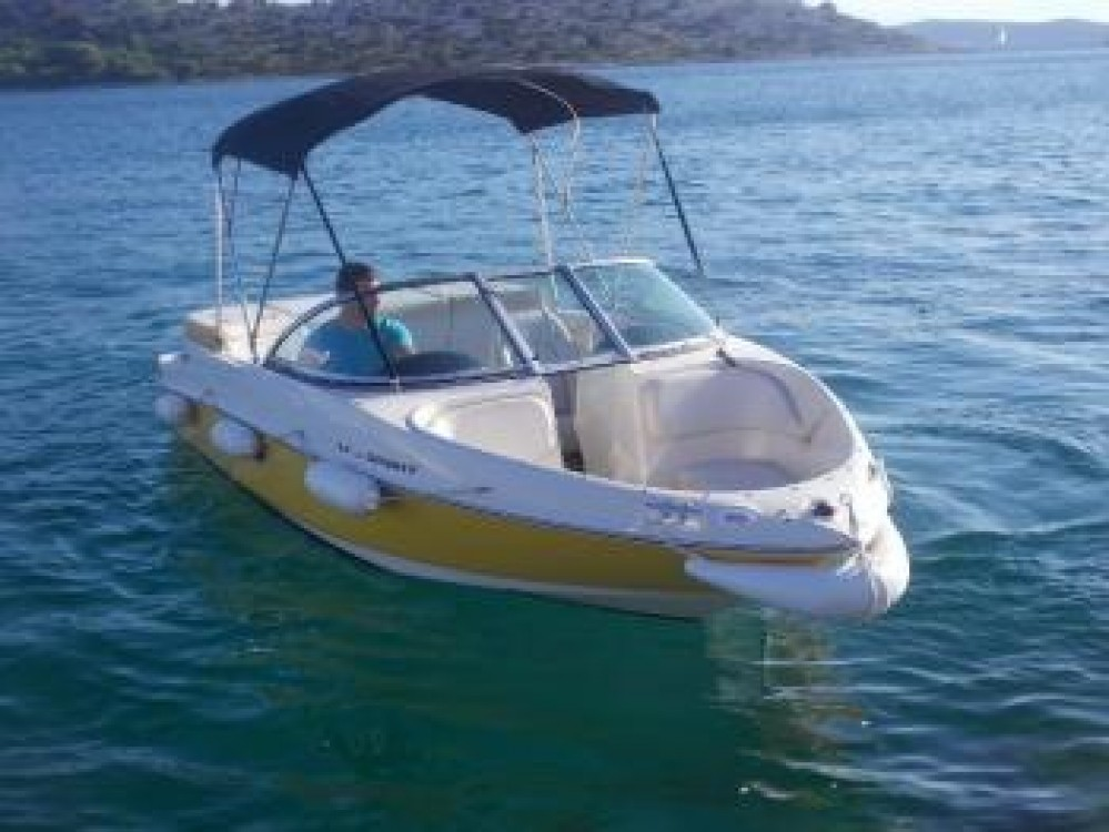 Hire Motor boat with or without skipper Sea-Ray-Boats Tribunj