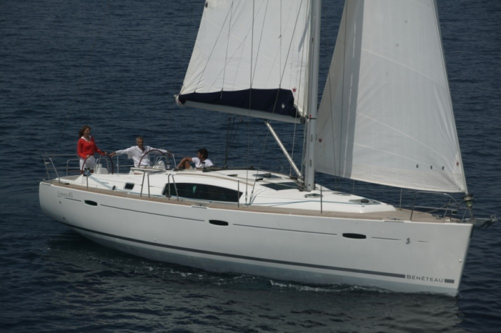 Rental yacht Naples - Bénéteau Oceanis 43 on SamBoat