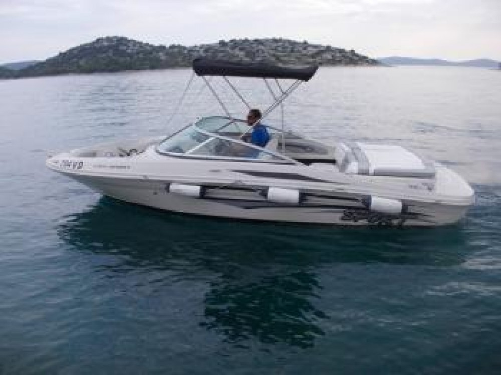 Hire Motor boat with or without skipper Sea-Ray-Boats