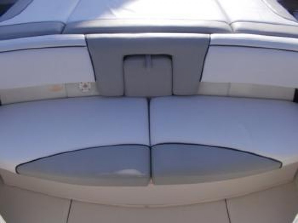 Rental Motor boat Sea-Ray-Boats with a permit