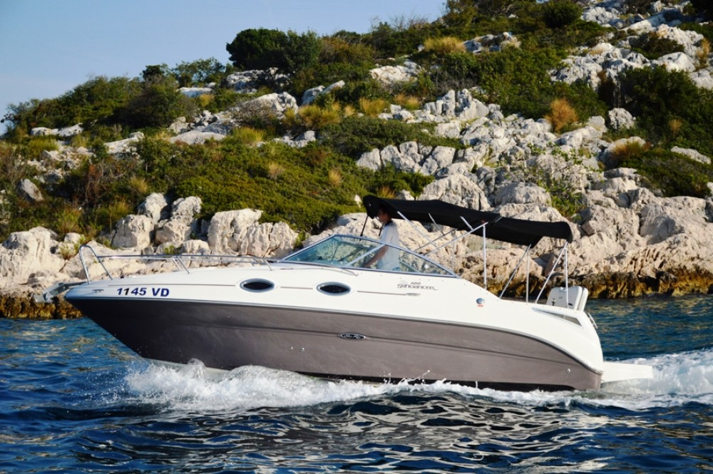 Hire Motorboat with or without skipper Sea-Ray-Boats Tribunj
